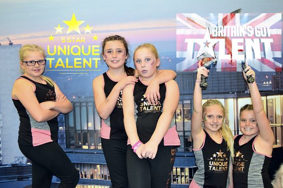 Bramhall, UK: 5 Star Unique Talent Theatre and Dance School Britain's Got Talent Dance and Drama Classes Stock