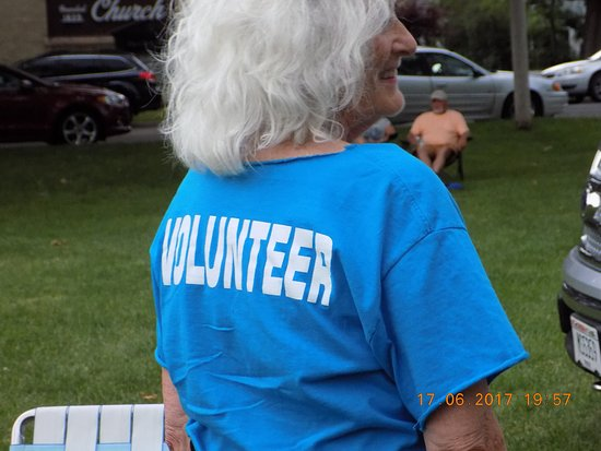 Delavan, WI: All volunteer group