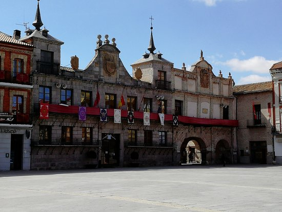 Plaza Mayor de la Hispanidad