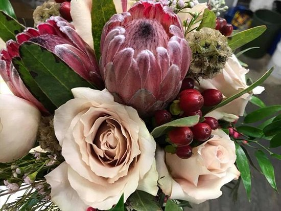 Carmen's Flowers