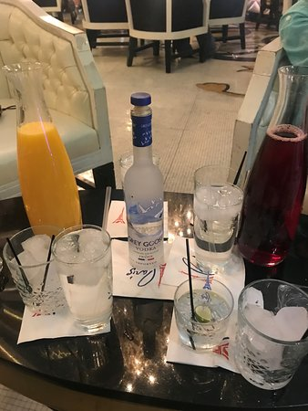 Le central lobby bar las vegas 2018 all you need to know before you go with photos - Bar le central ...