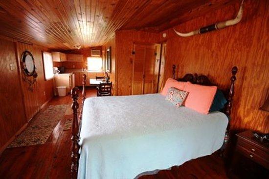 Shangrila Guest Ranch Photo