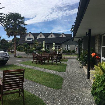 ASURE Colonial Lodge Motel: photo1.jpg