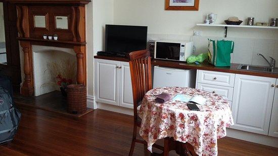 Huonville Guesthouse: Bellevue Room