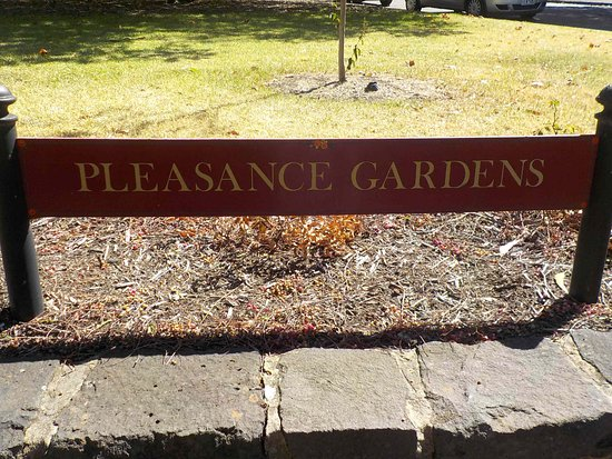 Pleasance Gardens