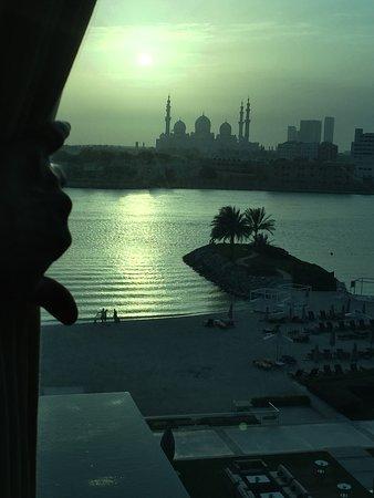 Fairmont Bab Al Bahr: Zimmer mit Blick auf die Moschee