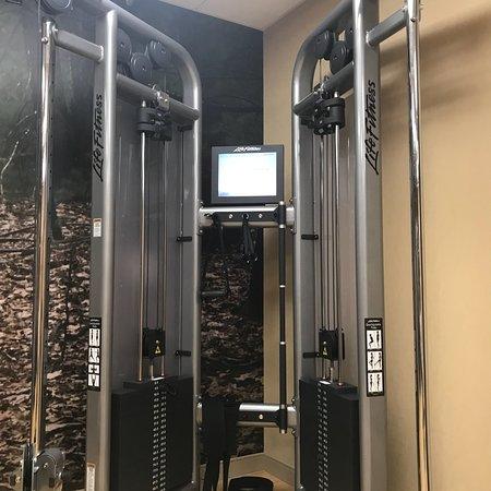 Burlington, MA: Gym