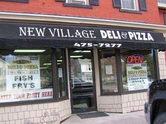 Slingerlands, Nowy Jork: New Village Deli Entrance