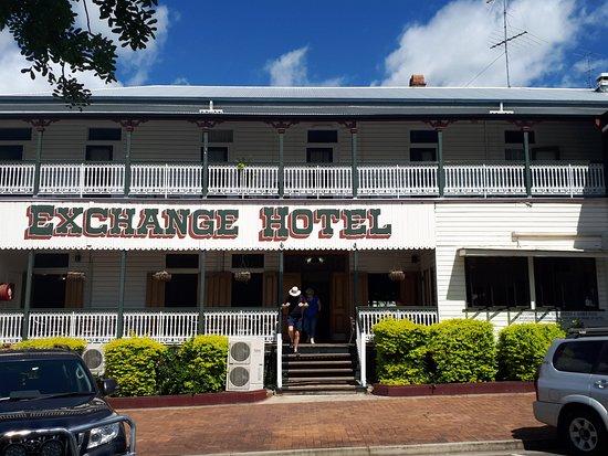 Exchange Hotel Kilcoy: Front