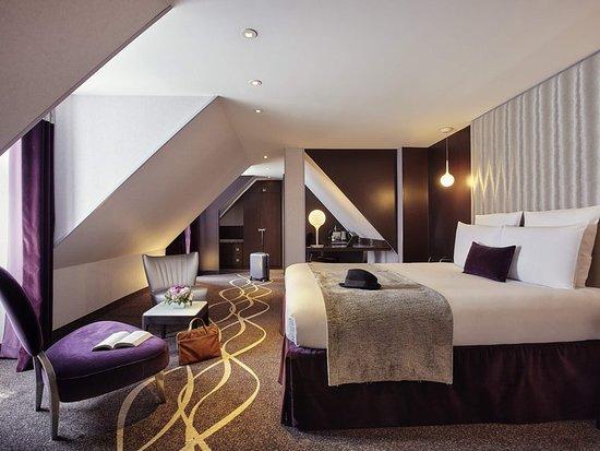 Mercure paris opera garnier hotel voir les tarifs 441 for Hotel bas prix paris
