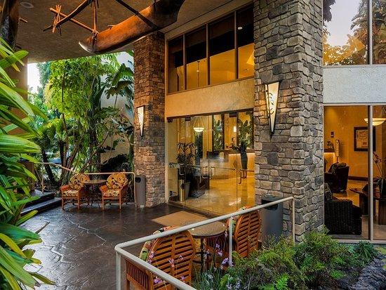 crowne plaza hotel san diego mission valley 93. Black Bedroom Furniture Sets. Home Design Ideas