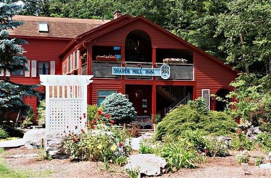 Shaker Mill Inn: Exterior