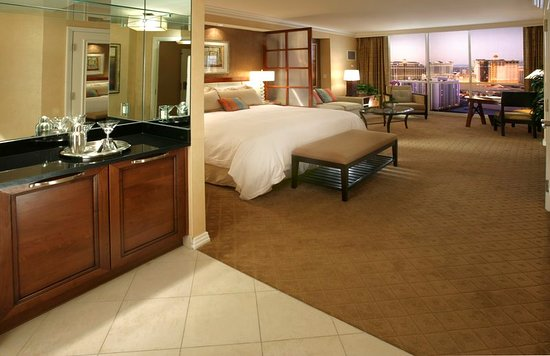 Signature at mgm grand las vegas hotel reviews photos - Mgm grand las vegas suites with 2 bedrooms ...