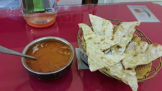 Butter chicken and garlic naan picture of kali mirch - Herve cuisine butter chicken ...