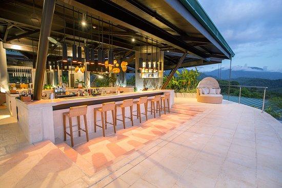 Ojochal, Costa Rica: Exterior