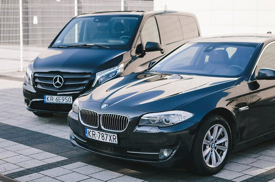 Krakow Airport to Hotel Private Round-Trip Transfer