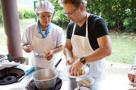 Traditional Thai Cooking Class in...