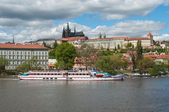 Crucero de 2 horas por el río Vltava con traslado gratuito desde el...