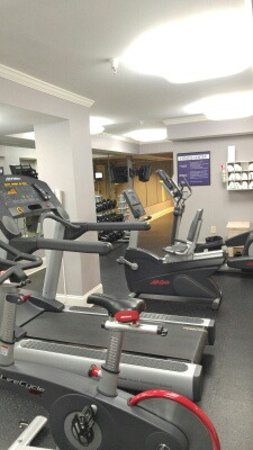 Westgate Historic Williamsburg Resort: Fitness Room (small but functional)