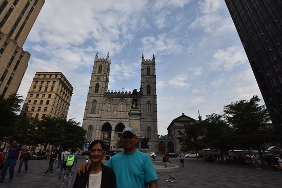 Place d'Armes : One of the Main Squares in Montreal