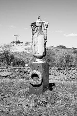 Bloemendaal, Países Bajos: de urn en het kruis