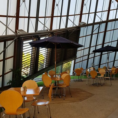 Scottsdale, Australie : Incredible, award winning architecture with great food and coffee.