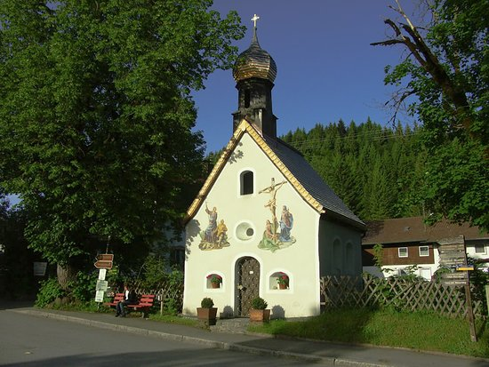 Klaiser Kapelle im Sommer