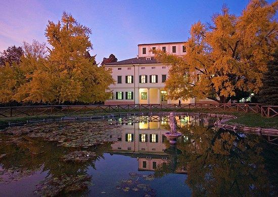 Biblioteca Comunale Villa Gandini