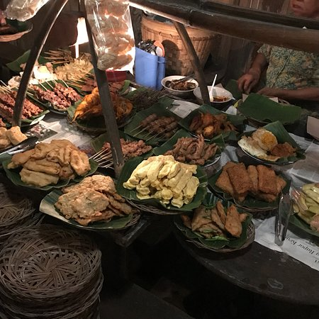 Wedangan Pendhopo Solo Restaurant Reviews Photos Phone