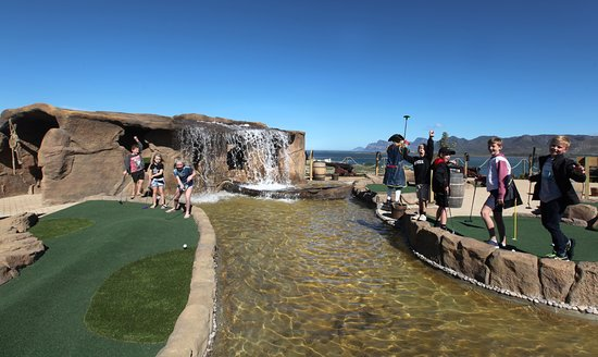 Benguela Cove Pirate Adventure Golf