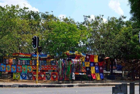 Greater Johannesburg, Sudafrica: streetside shopping