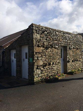 Muker, UK: Spare toilets