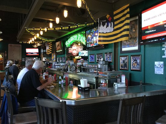 Monroeville, PA: Inside Primanti Bros.