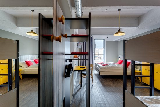 Saint-Jans-Molenbeek, Bélgica: MEININGER Hotel Brussels City Center 4 Bed Room