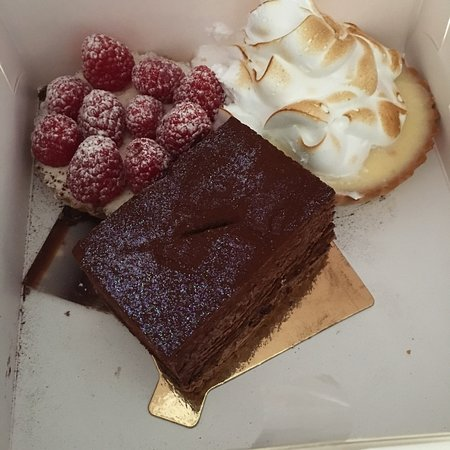 Le moulin patisserie and boulangerie hornchurch restaurantanmeldelser tripadvisor - Moulin a cafe boulanger ...