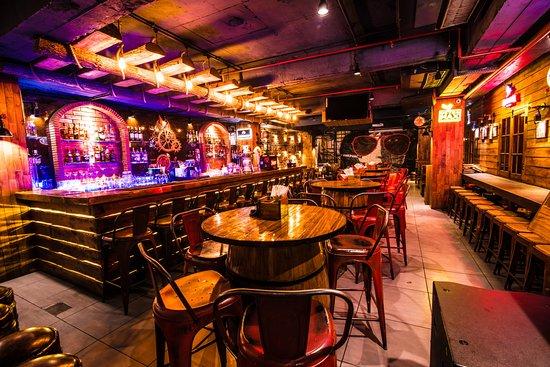 Lanterns Kitchen Bar New Delhi Delhi