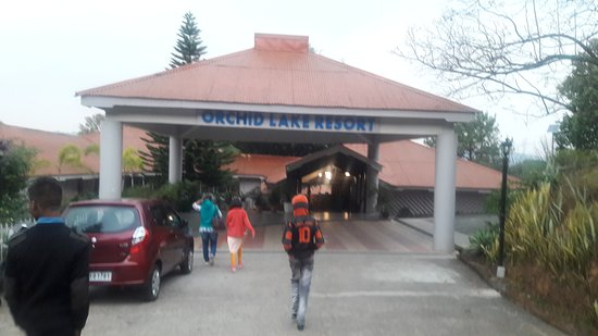 Orchid Lake Resort: Entrance