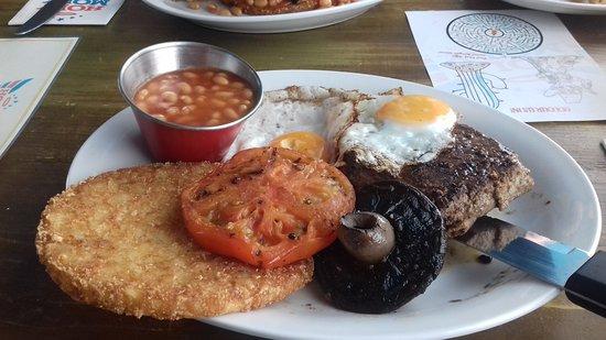 Flaxton, UK: Yum