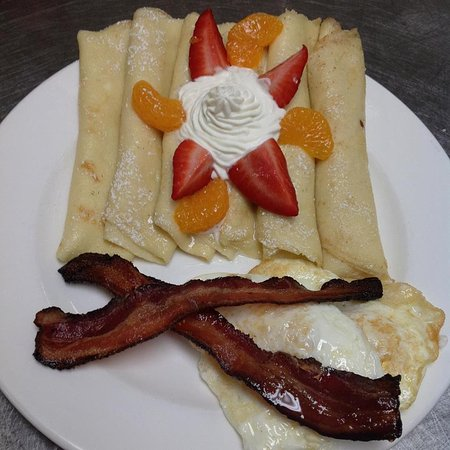 Dobson, Carolina del Norte: Brunch special, crepes