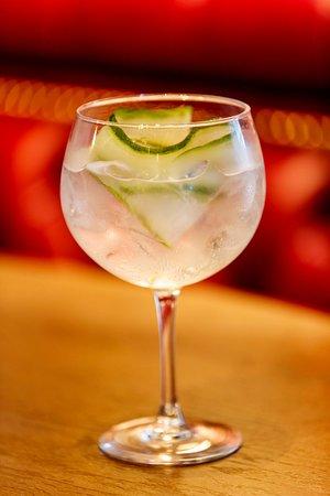 Drogheda, Irlandia: The Hops cocktails
