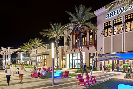 St Johns Town Center Ping Later Is Open Until