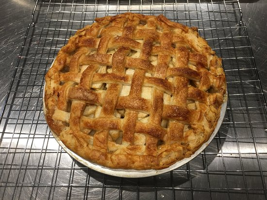 Sperryville, VA: Homemade Apple Pies - Made from Scratch!