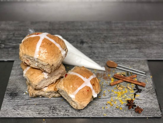 Do it yourself kits hout cross buns picture of bakery treatz bakery treatz do it yourself kits hout cross buns solutioingenieria Image collections