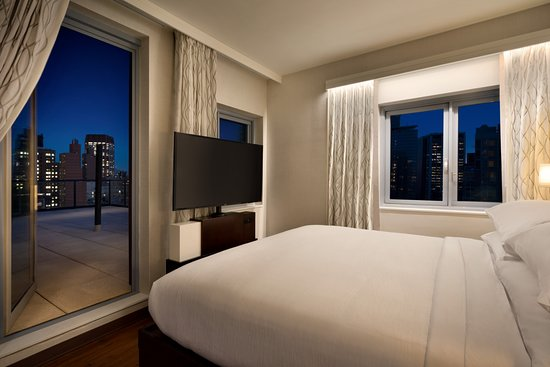 nice hotel close to times square review of embassy suites by rh tripadvisor ie