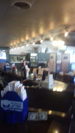 Elmira, ميتشجان: Railside Bar & Grill