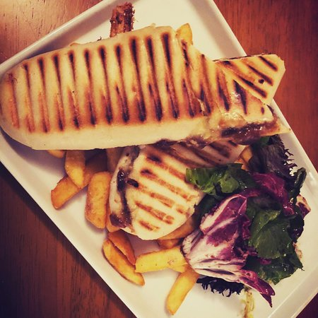 Hope Cove, UK: Delicious Paninis