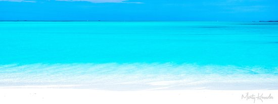 Treasure Cay Beach, Marina & Golf Resort: This is the ocean without filters