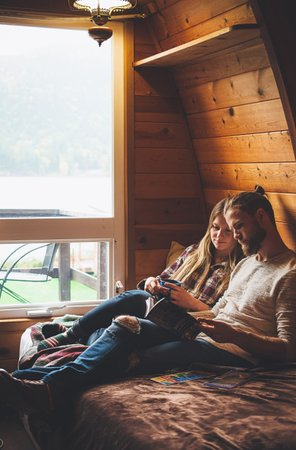 Egmont, Канада: Cozy Vintage Cabins; perfect for a romantic getaway