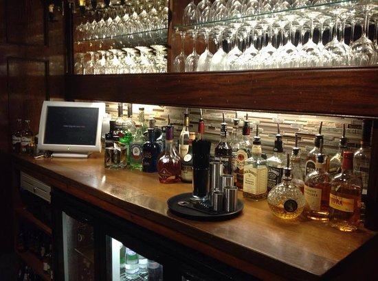 Talybont, UK: Good Selaction of Spirits