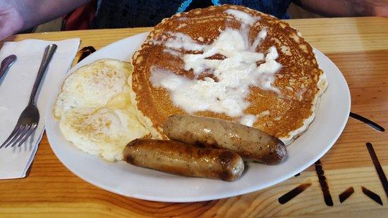 Descanso, แคลิฟอร์เนีย: Pancake, Eggs & Sausage